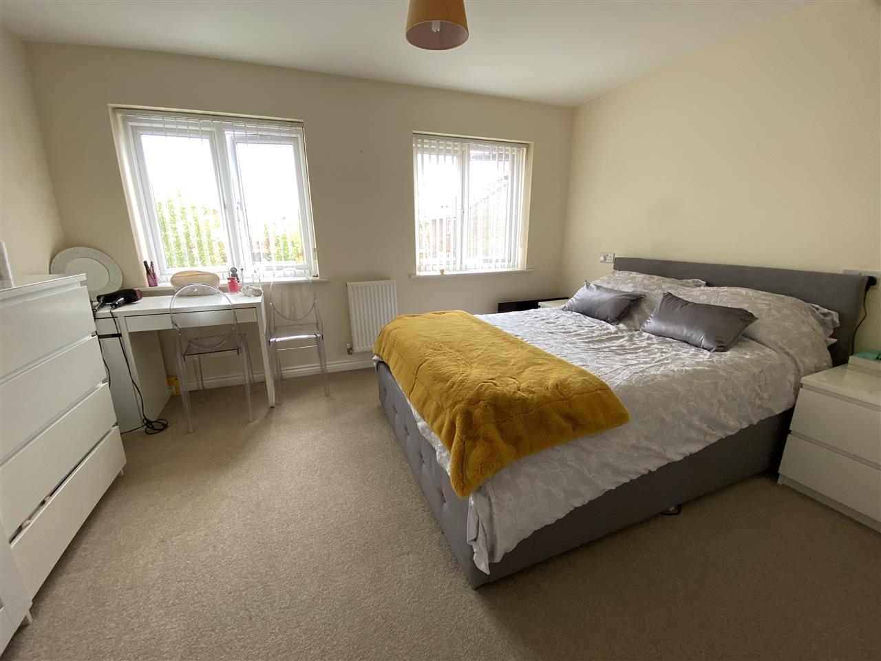 3 bed mews to rent in Millers Walk, Buckshaw Village, Buckshaw Village 8