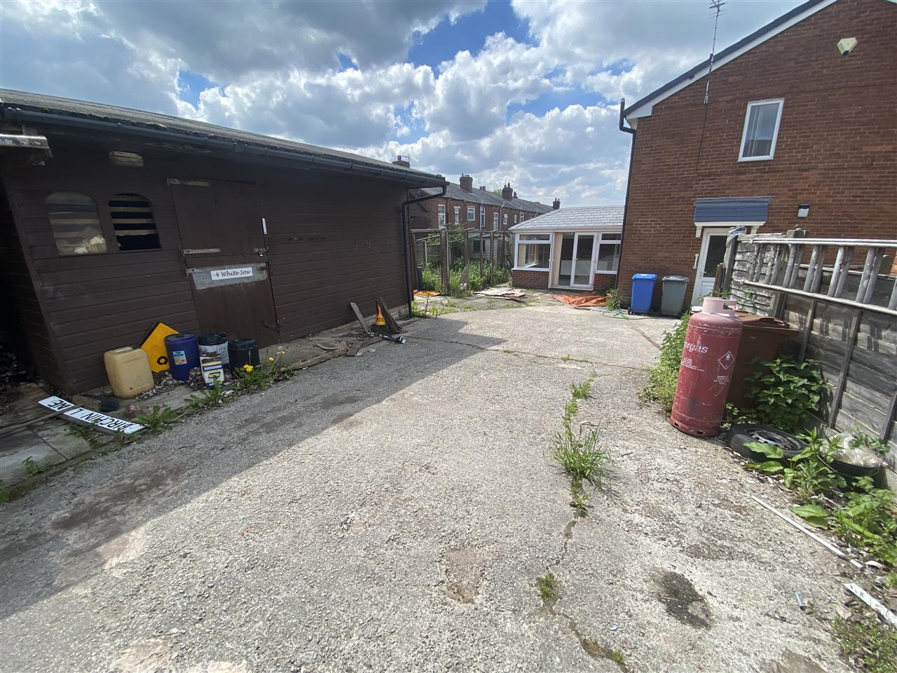 2 bed end of terrace for sale in Woodville Road, Heath Charnock, Adlington 10
