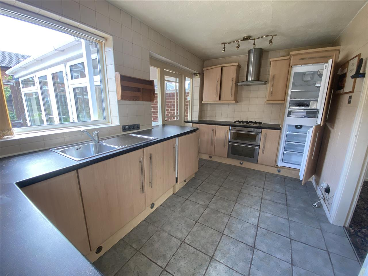 2 bed end of terrace for sale in Woodville Road, Heath Charnock, Adlington 6