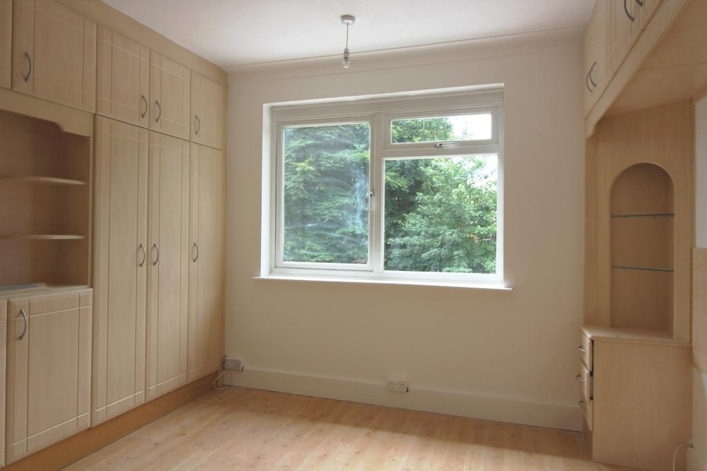 6 bed House Share to rent on Gravel Hill,New Addington,CR0 - Property Image 1