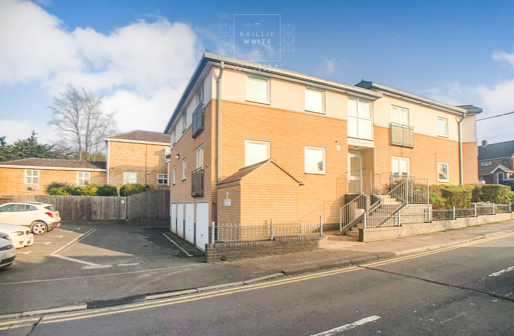 2 bed apartment to rent in Franklins Way 10