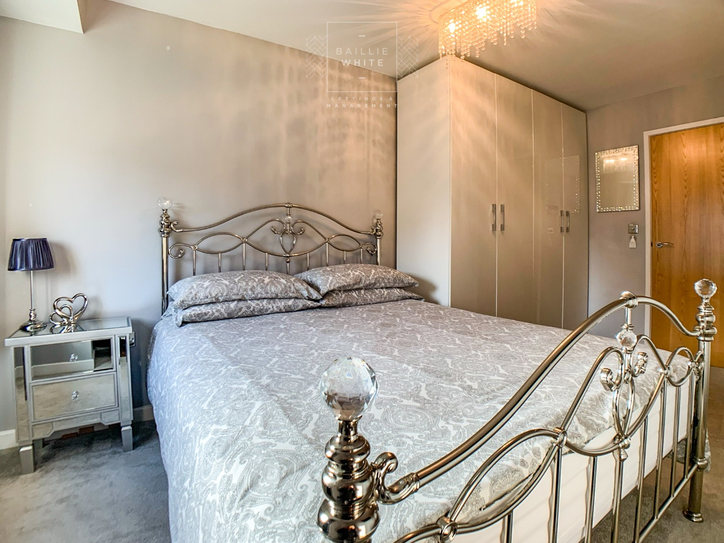 2 bed apartment to rent in Franklins Way 4