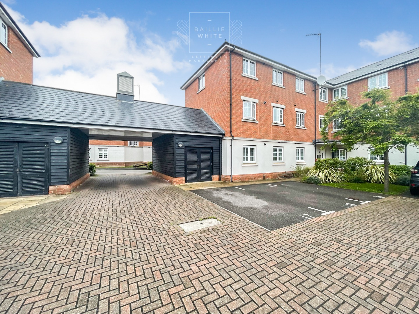 2 bed apartment to rent in Salisbury Close, Rayleigh 13