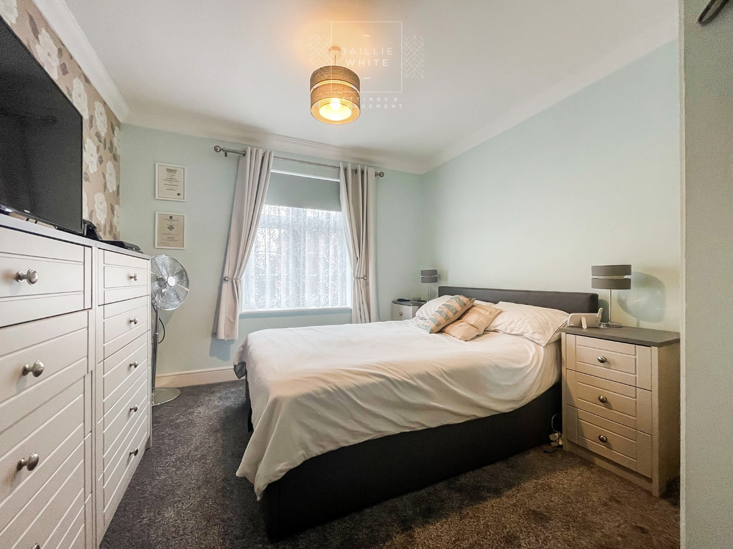 2 bed apartment to rent in Salisbury Close, Rayleigh 6