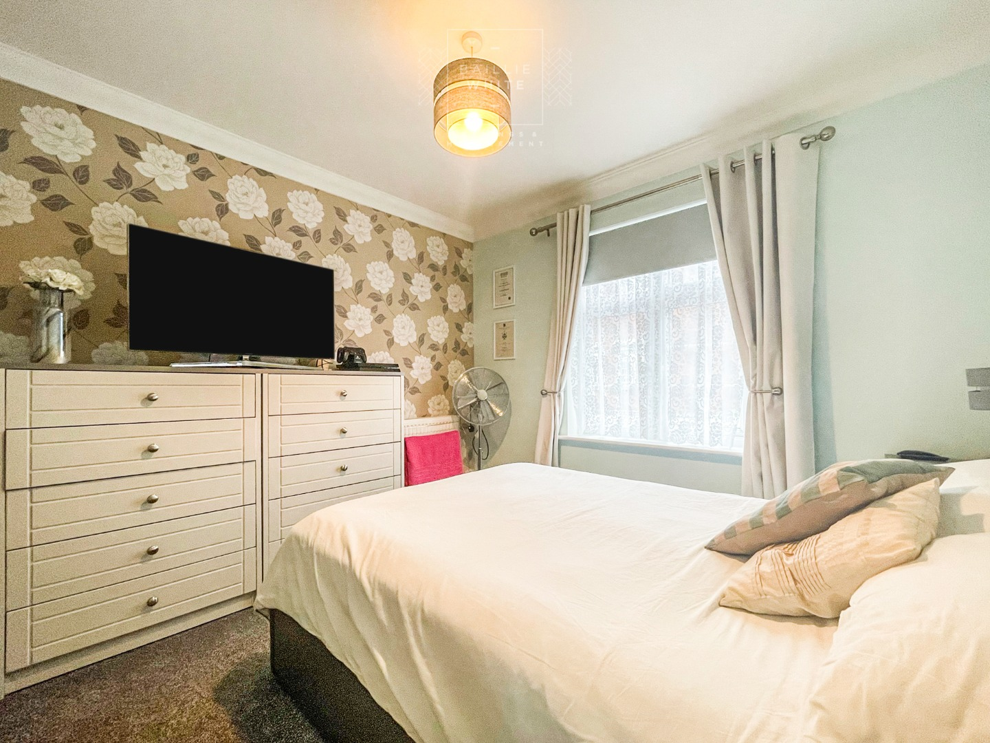 2 bed apartment to rent in Salisbury Close, Rayleigh 7