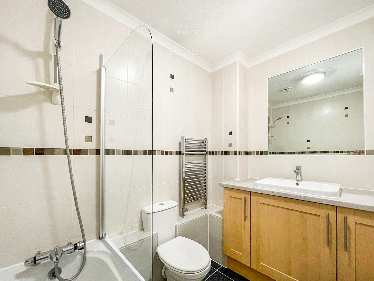 2 bed apartment to rent in Abbotts Place, Chelmsford 6