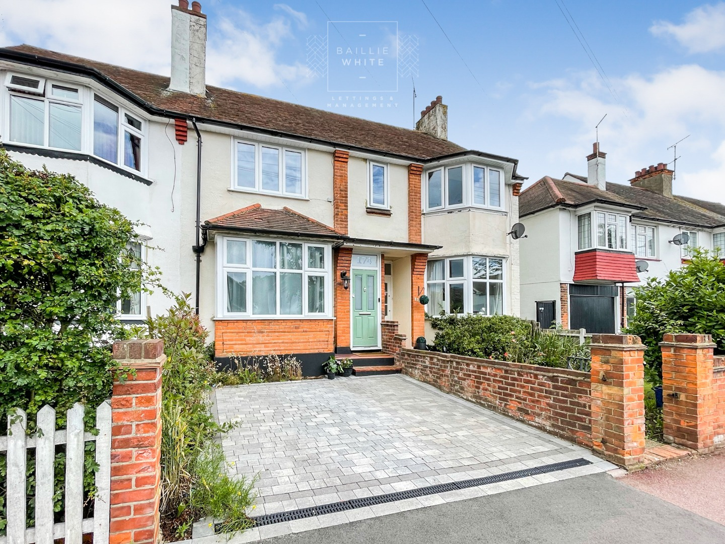 3 bed apartment to rent in Hadleigh Road, Leigh on Sea 13