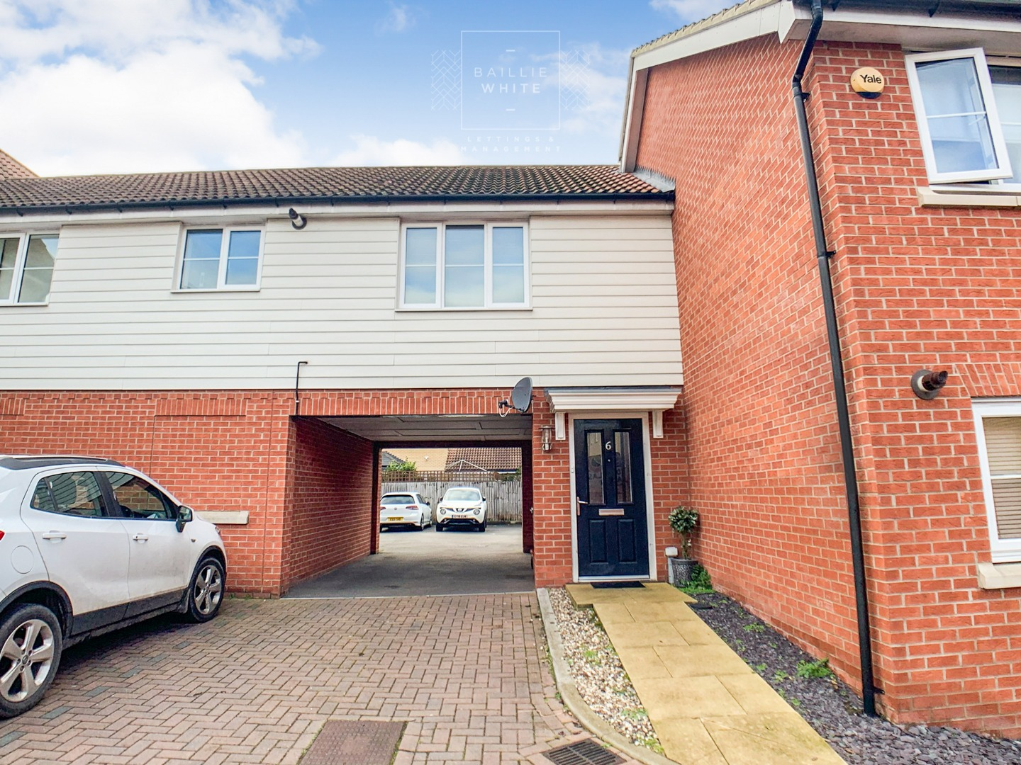 2 bed apartment to rent in Liddell Drive, Basildon SS14, SS14