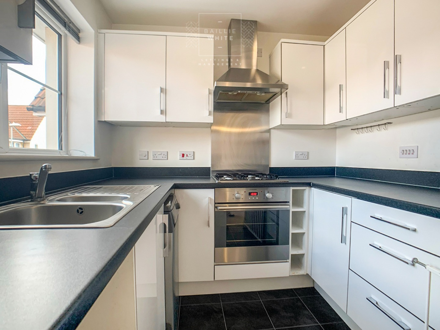2 bed apartment to rent in Liddell Drive, Basildon SS14 5