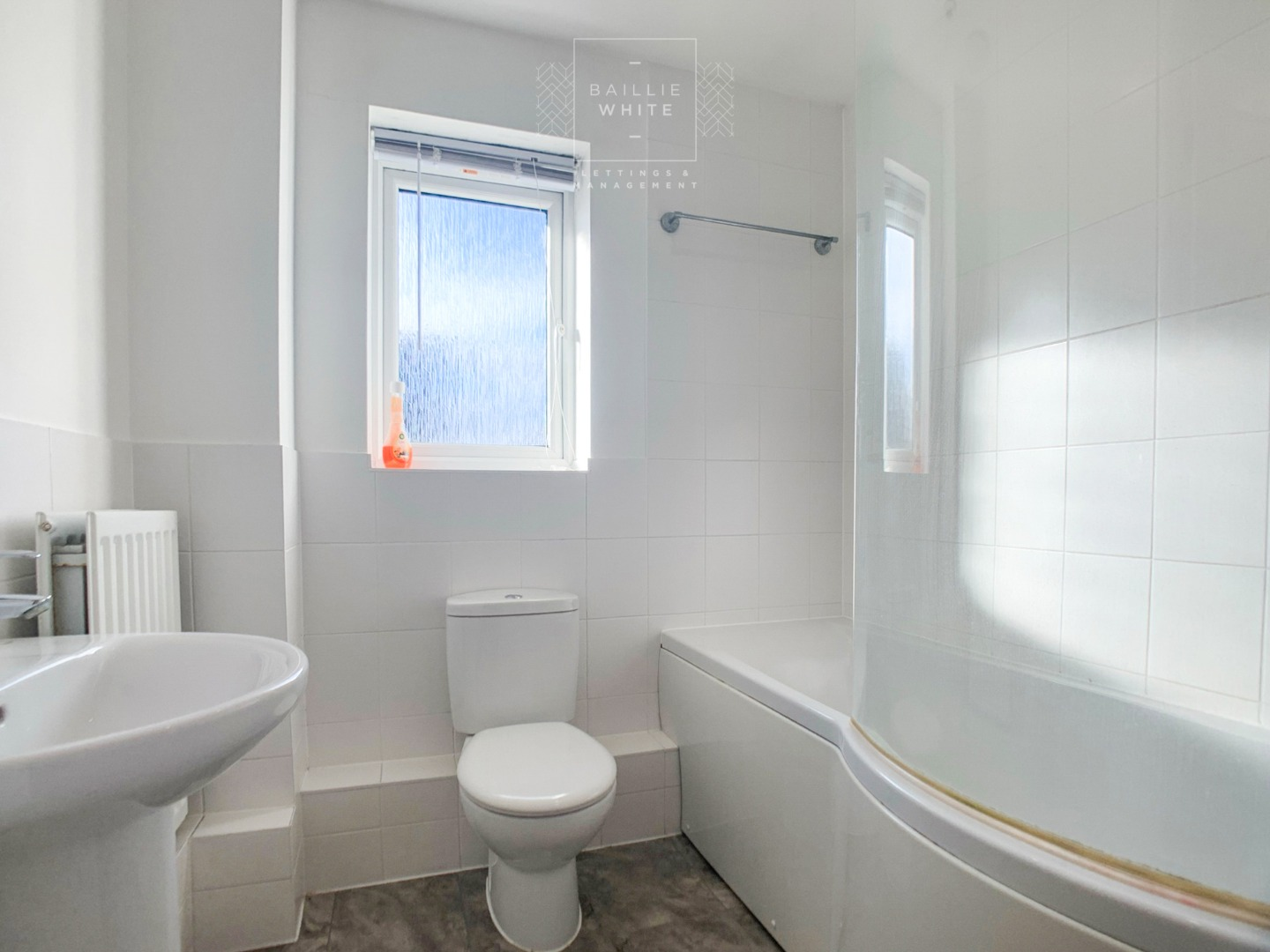 2 bed apartment to rent in Liddell Drive, Basildon SS14 7