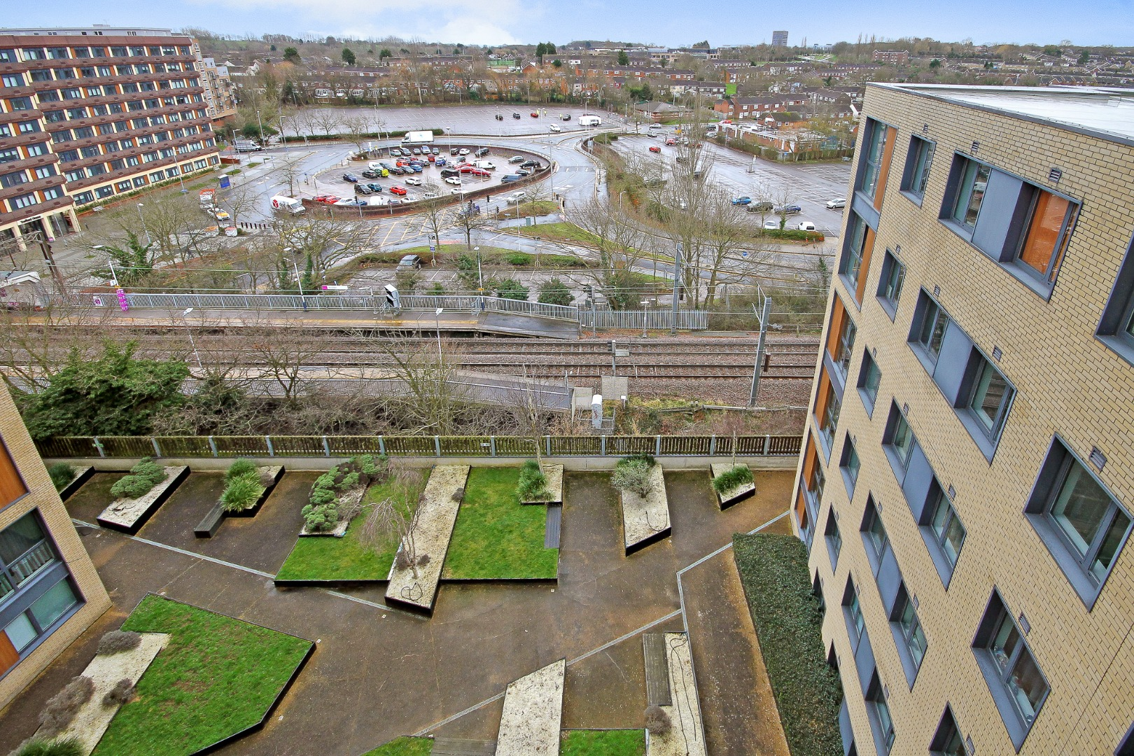 2 bed apartment to rent in The Icon, Basildon 14