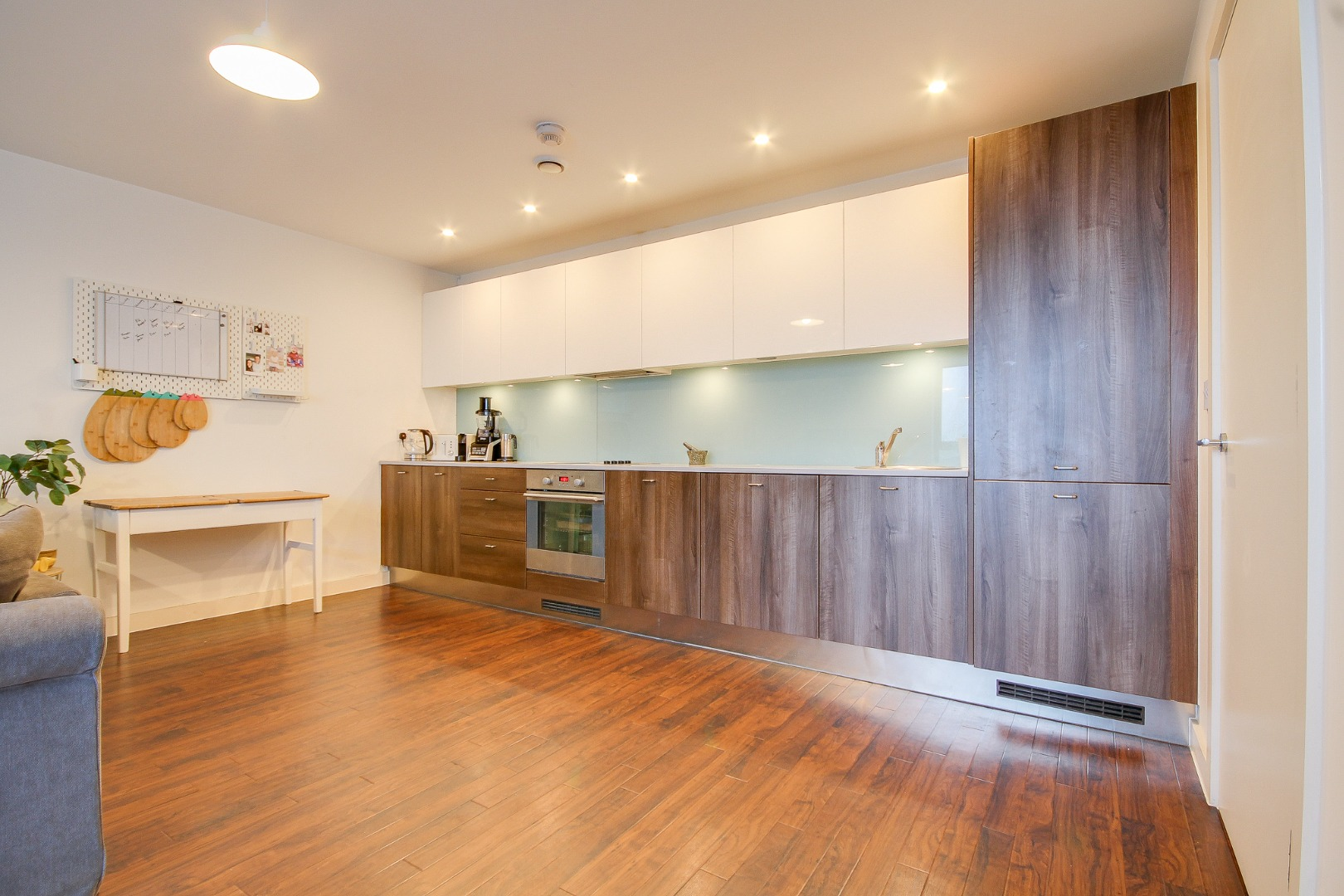 2 bed apartment to rent in The Icon, Basildon 7