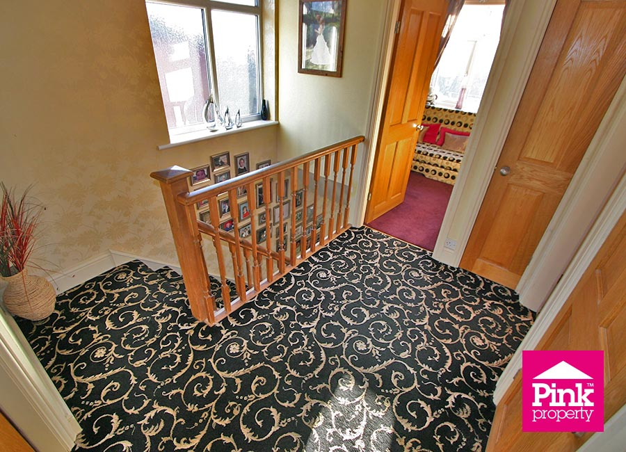 4 bed house to rent in Corby Park, North Ferriby 10