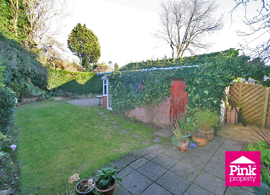 4 bed house to rent in Corby Park, North Ferriby 19