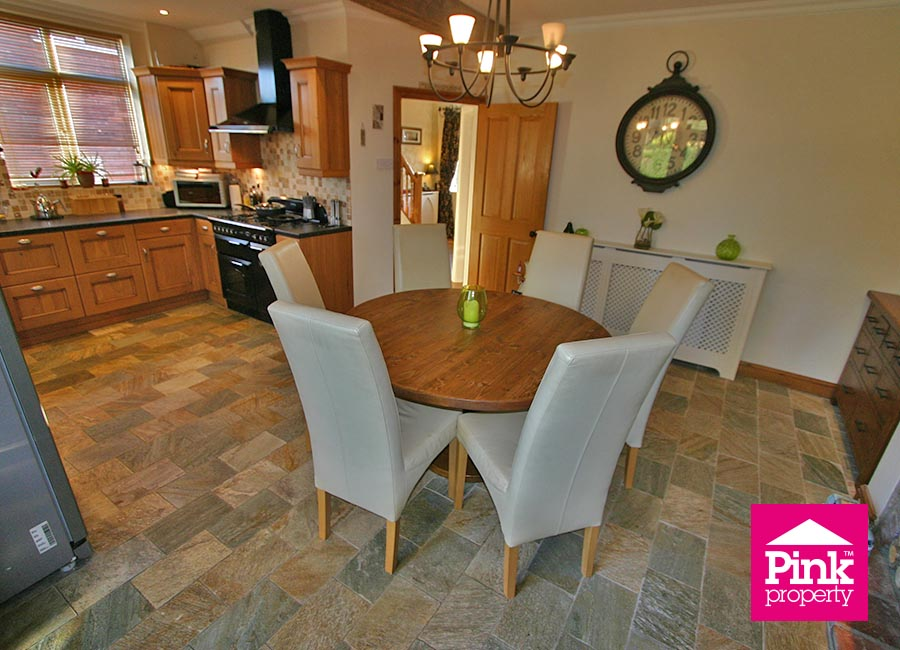 4 bed house to rent in Corby Park, North Ferriby 20