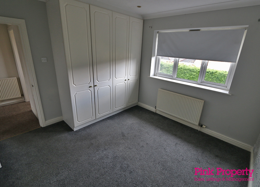 2 bed flat to rent in Crowther Court, Swanland 5