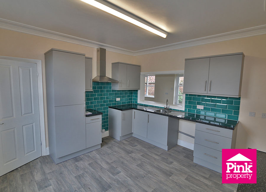 4 bed house to rent in Ferry Road, South Cave, HU15 12