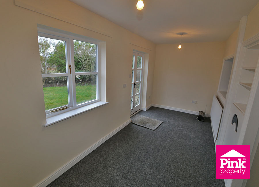 4 bed house to rent in Ferry Road, South Cave, HU15 5