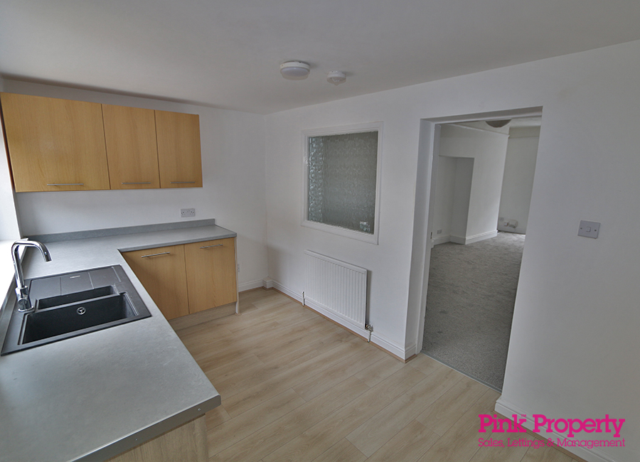 House to rent in Wilton Avenue, Holland Street 10