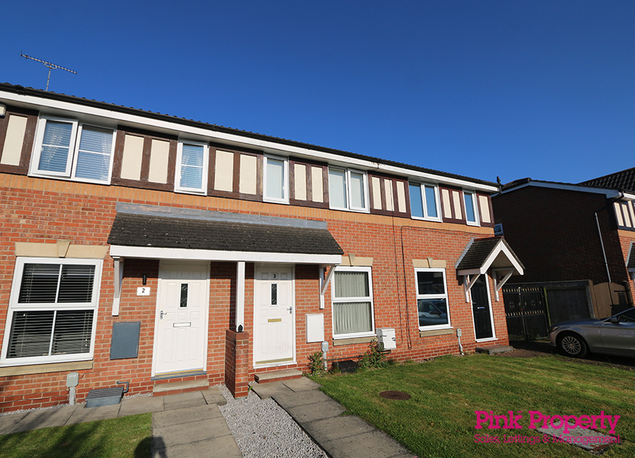 2 bed house to rent in Troon Court, Hull 2