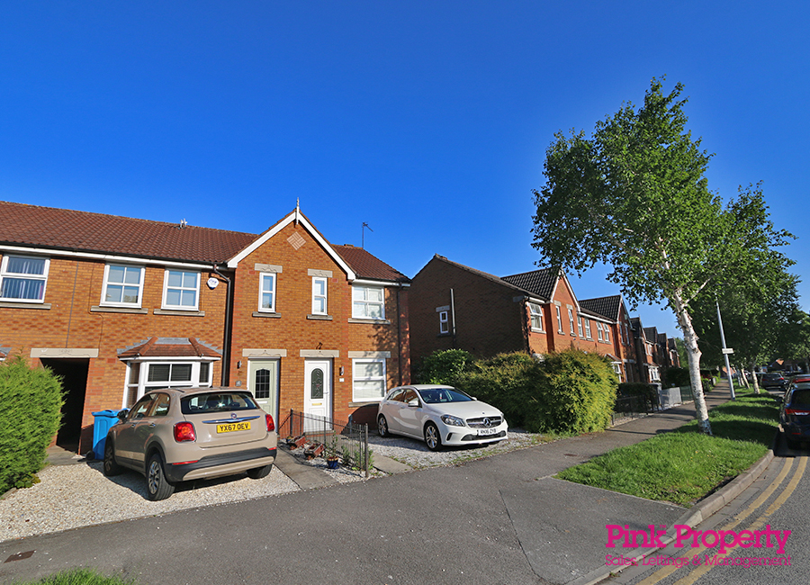 2 bed house to rent in Lindengate Avenue - Property Image 1
