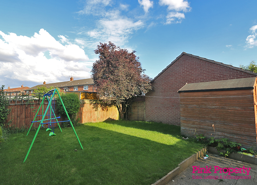 3 bed house to rent in Lorenzos Way, Hull 9
