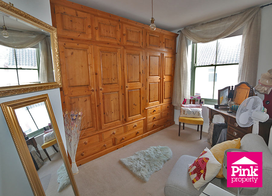 3 bed house for sale in Beckside 13