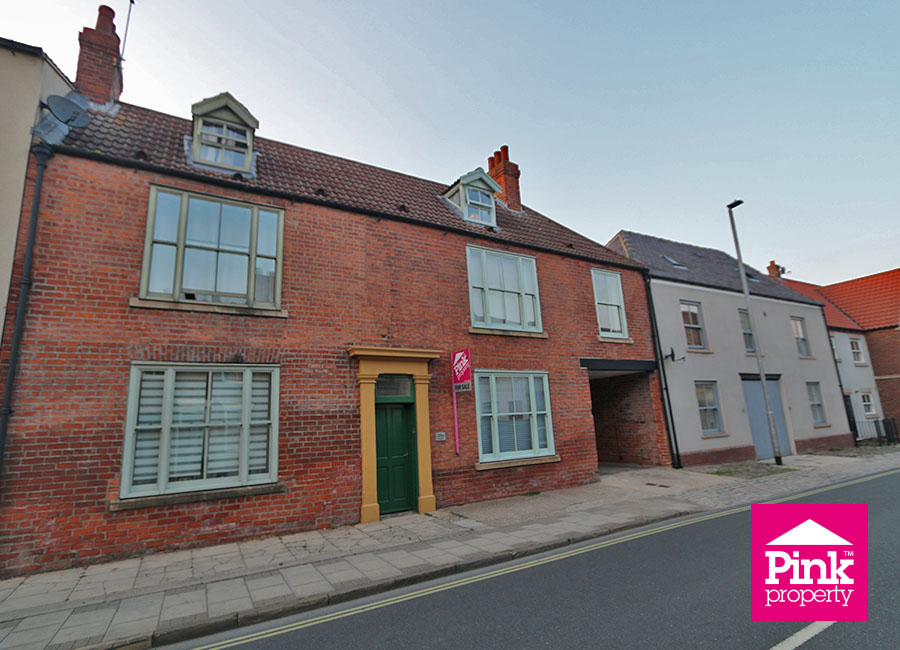 3 bed house for sale in Beckside 14