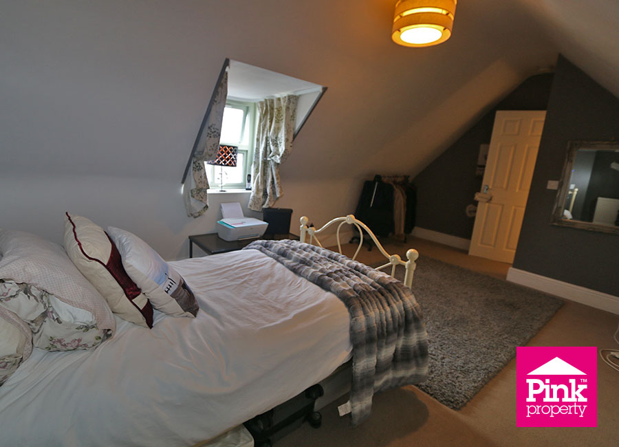 3 bed house for sale in Beckside 5
